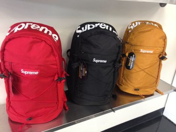16SS 即発 追尾/関税込☆Supreme Backpack 210 Denier Cordura