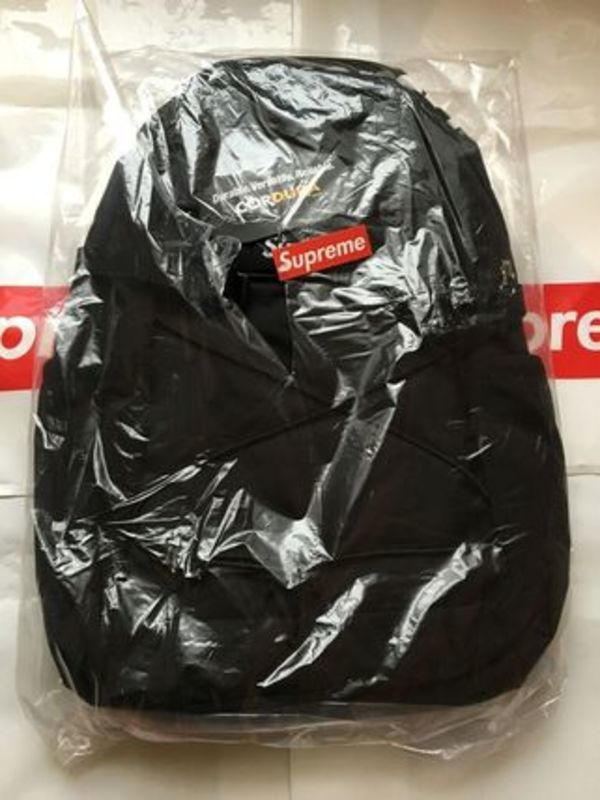 16SS新作☆SUPREME Backpack 210 Denier Cordura 黒☆国内発送☆