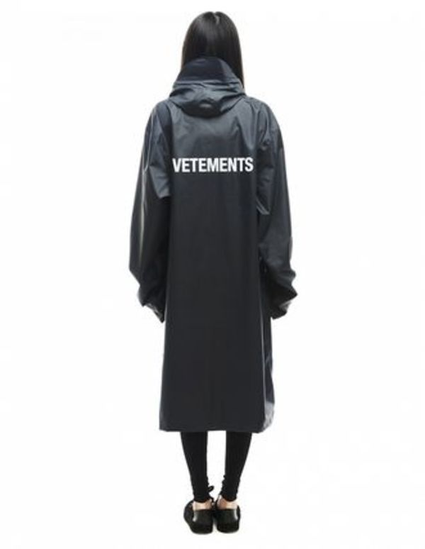 VETEMENTS RAIN COAT レインコート