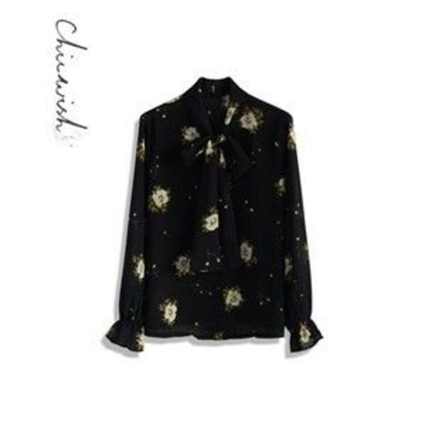 【Chicwish 】Serene Floral Bow Top in Black