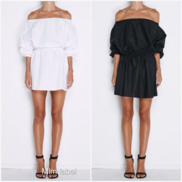 大人気!Linen off the shoulder dress in white and black