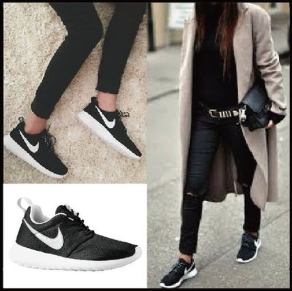 大人気♪送関込!! NIKE - Roshe One Casual (Black/Silver)