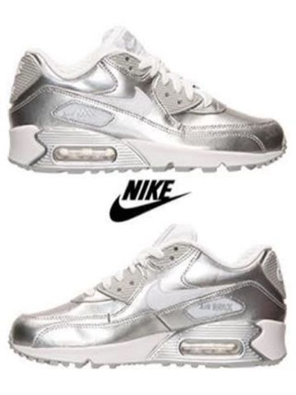 売り切れ御免【NIKE AIR MAX 90 PREM LTR GS】Metallic Silver