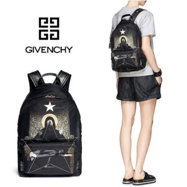 新作【ジバンシィ】 MADONNA PRINT NYLON BACKPACK