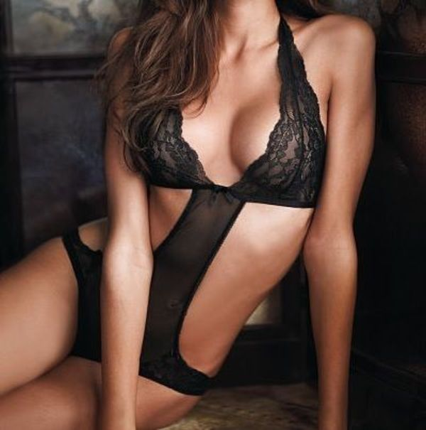 ☆Victoria's Secret☆ Very Sexy Cut-out ホルター テディ