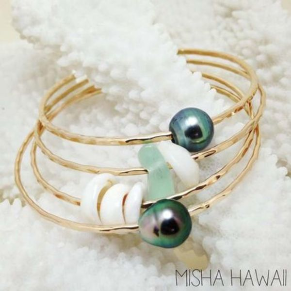 Misha Hawaii/Seaglass and Puka Shell Bangle