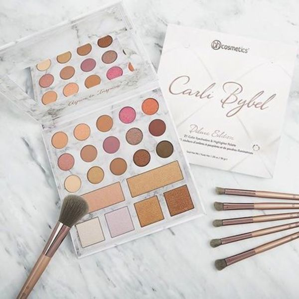 bh cosmetics【Carli Bybel♥Deluxe Editionパレット】