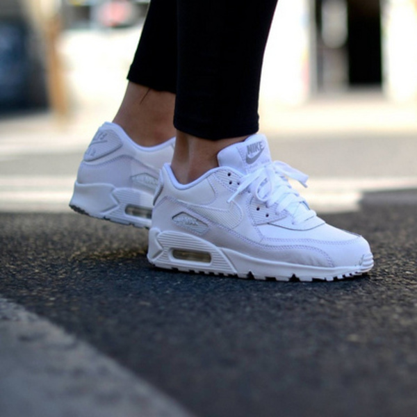 SALE!! 送関税込み!! セレブ愛用☆ Nike Air Max90 (WHITE)