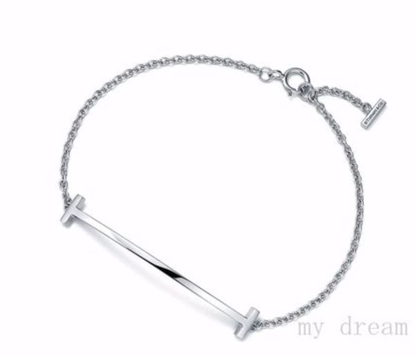 日本未入荷【Tiffany & Co】Tiffany T Smile Bracelet♪