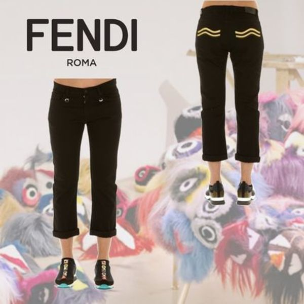 FENDI Cropped Pants with Patch