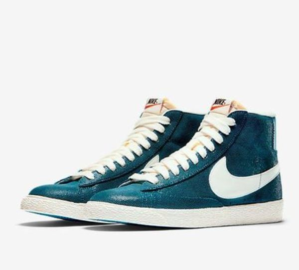 【New Yorker 一押し商品】BLAZER HIGH SUEDE VINTAGE SNEAKERS