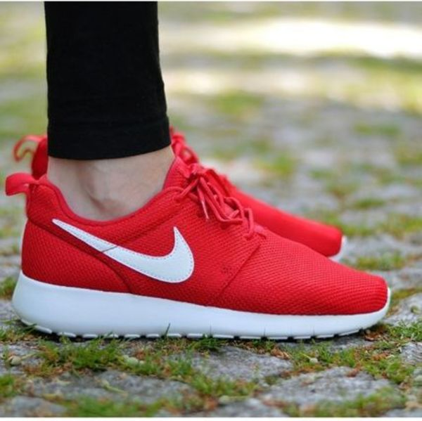 NIKE☆ROSHE ONE (GS) レッド 599728-605