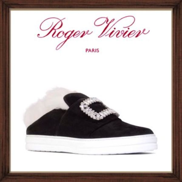 ★★ROGER VIVIER 【 SLIP ON SNEAKERS 】送料込み★★