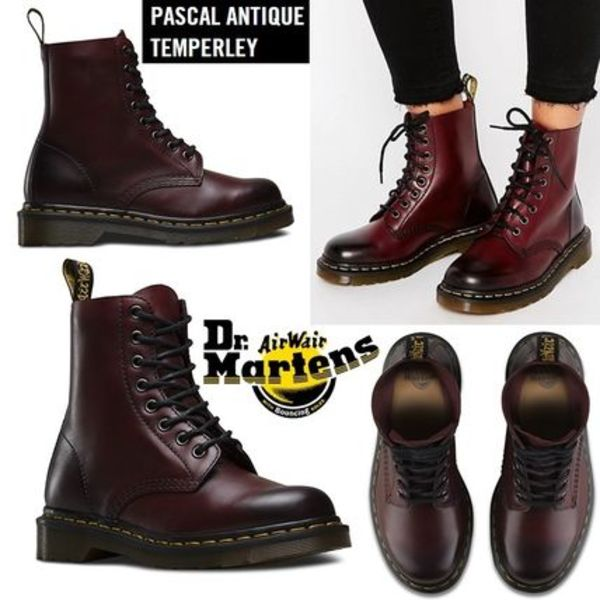 Dr. Martens Pascal 8 Eye ブーツ チェリーレッドアンティーク