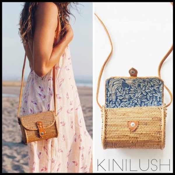 送料関税込☆KINILUSH ULU THE LABEL FLORES SQUARE BAG