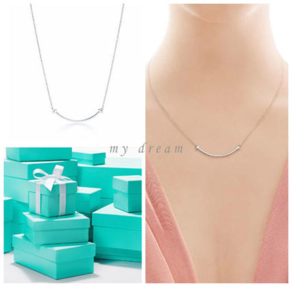日本未入荷♪【Tiffany & Co】Tiffany T Smile Pendant
