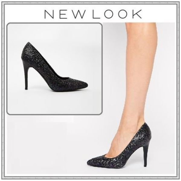 送料込【New Look】パーティにも◎★Black Heeled Court Shoes★