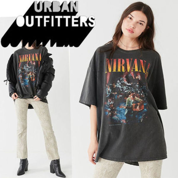 ● Urban Outfitters ●人気 Nirvana バンド Tシャツ 黒
