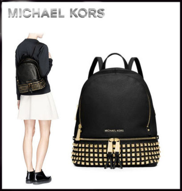 MICHAEL KORS ★ RHEA SMALL STUDDED LEATHER BACKPACK
