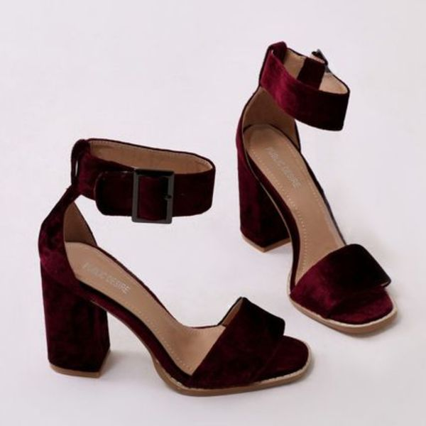 18SS Marlo Buckle High Heels in Bordeaux Velvet