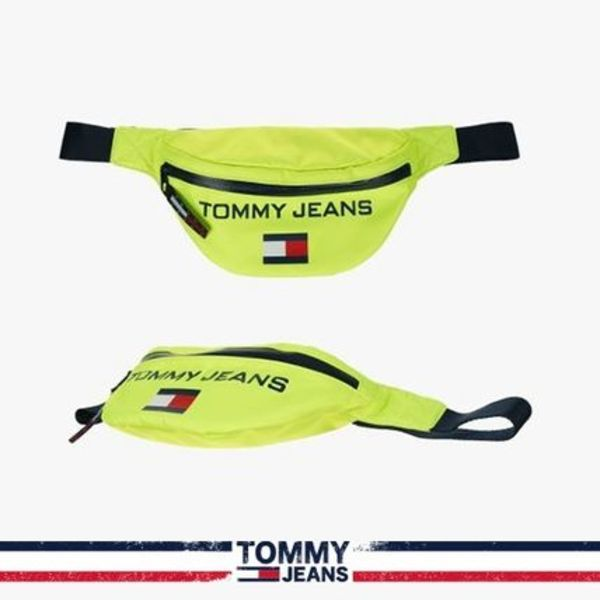 [Capsule Collection][TOMMY JEANS] ロゴフラグボディバッグ