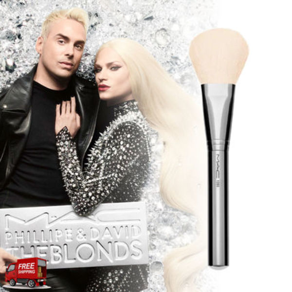 MAC☆THE BLONDS COLLECTION☆LARGE FLAT パウダーブラシ