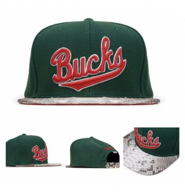 最新作!!入手困難アイテム JUST DON MILWAUKEE BUCKS SCRIPT HAT