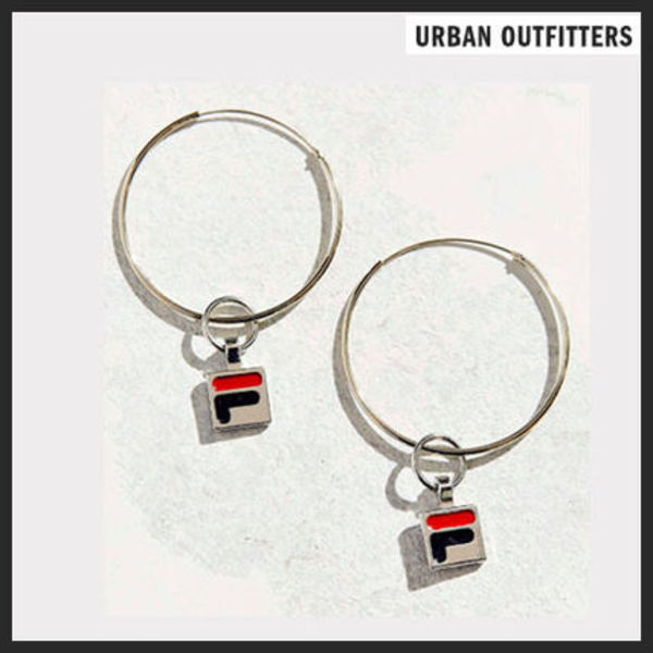 【Urban Outfitters】FILAピアス【関税・送料込】