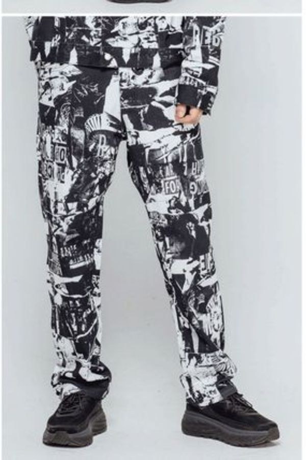 I AM NOT A HUMAN BEING★TORN PICTURES ALL PRINT PANTS - O/C