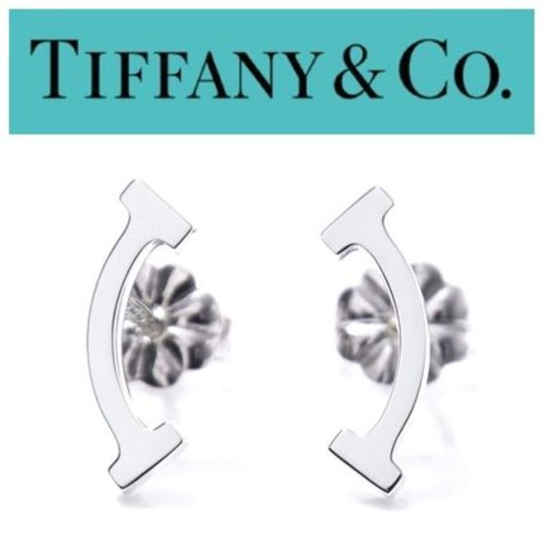 日本未入荷☆ Tiffany T smile earrings ☆ Sterling silver