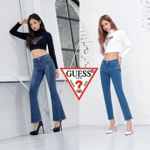 GUESS★BLACKPINK着用★W'S CUBIC LOGO TURTLE NECK TEE 2色