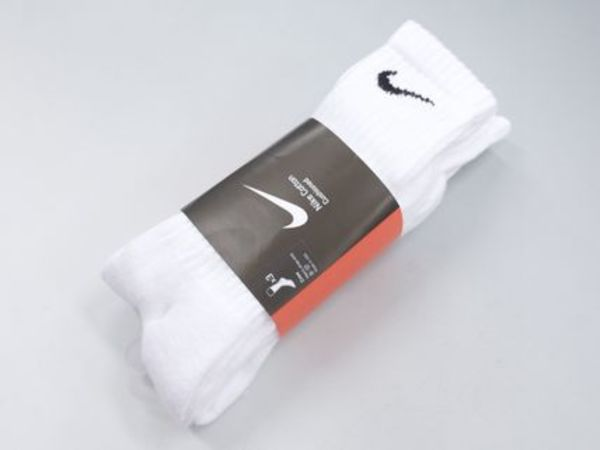 海外限定★送料込み★Nike Men's 3 pack Socks White