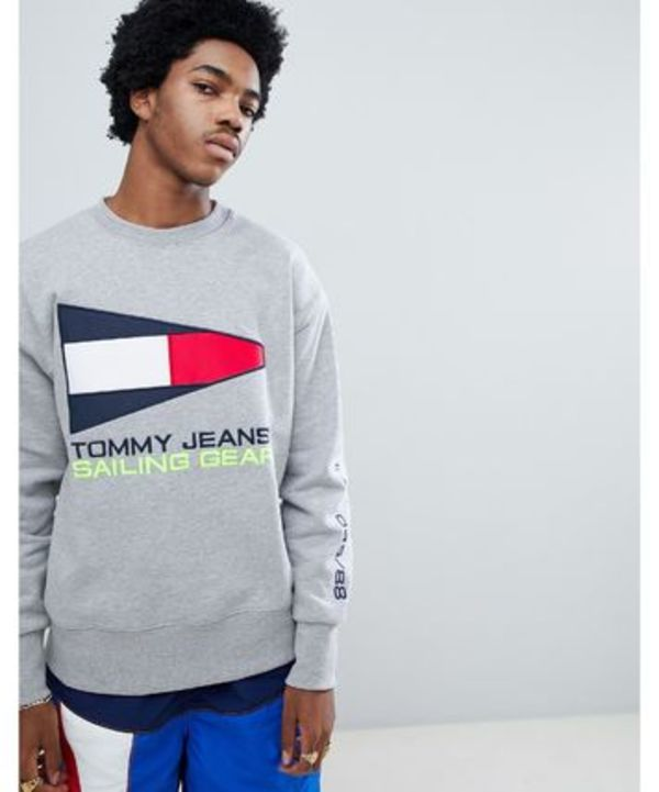 ◆Tommy Jeans 90s Sailing flag logo トレーナー 灰