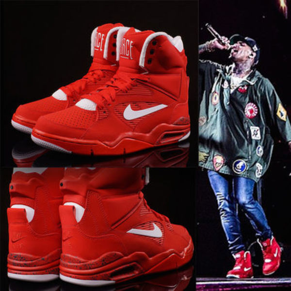 NEW!! 追跡有配送!! Nike Air Command Force RED