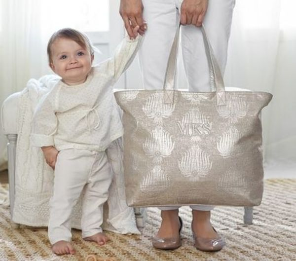 日本未上陸ブランド【Pottery Barn】2色 Metallic Diaper Bag ★