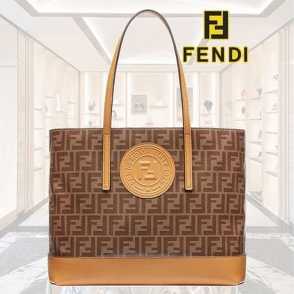 【19SS】 ★FENDI ★FF shopping tote