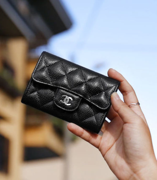 CHANEL CAVIAR FLAP CARD CASE