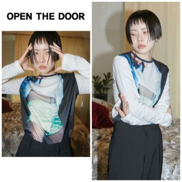 新作★OPEN THE DOOR★picture print slim T - woman