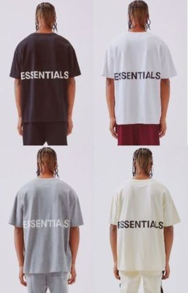 【国内即発】Fear Of God Essentials】 Boxy Graphic T-Shirt