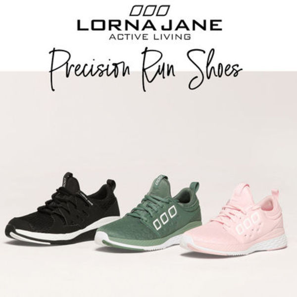 送料込み【LORNA JANE】PRECISION RUN SHOES スニーカー