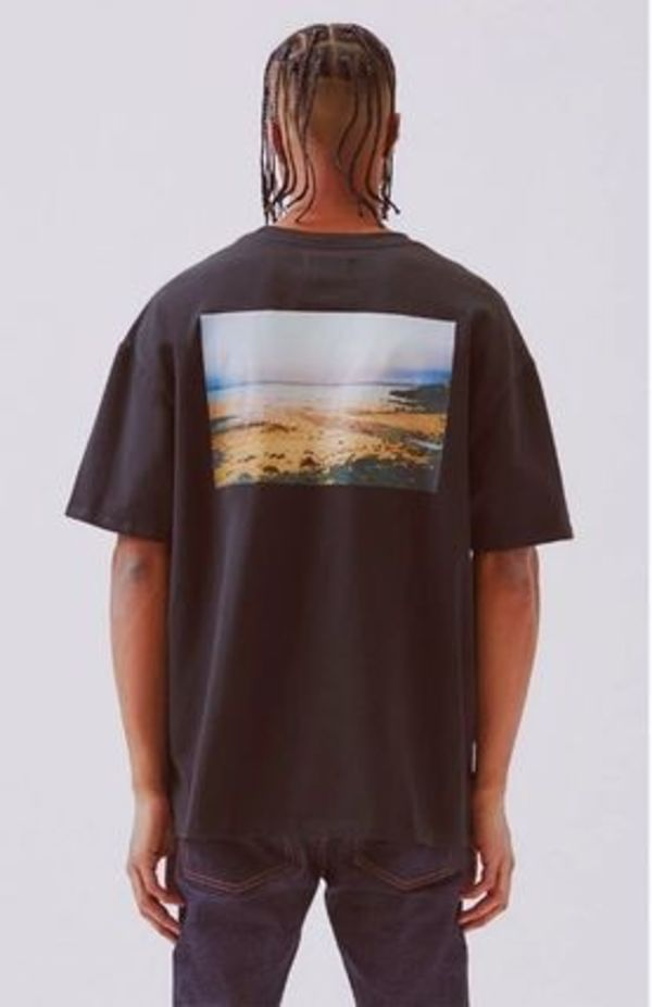 即発送購入証明付 FOG Essentials Boxy Photo T-Shirt