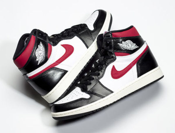 大人気カラー【Nike】Air Jordan 1 Retro High