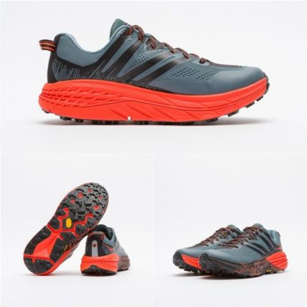 完売必須!!Hoka One One Speedgoat 3