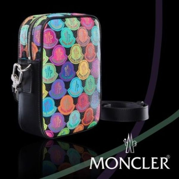 大人気☆ 【MONCLER】 8 MONCLER PALM ANGELS CROSSBODY BAG
