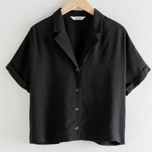 """& Other Stories"" V-Cut Button Up Shirt Black"