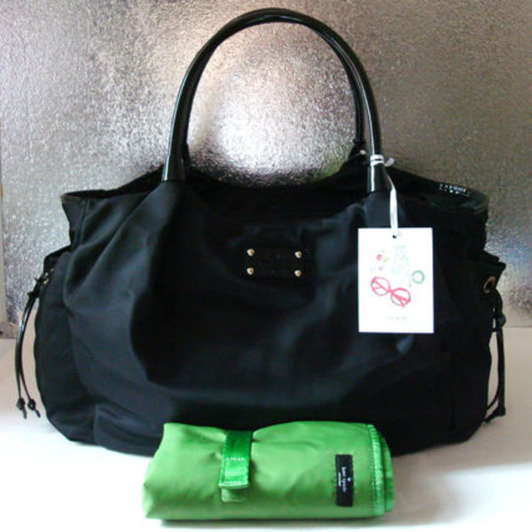 安心国内即発! Kate Spade BASIC NYLON Stevie baby bag