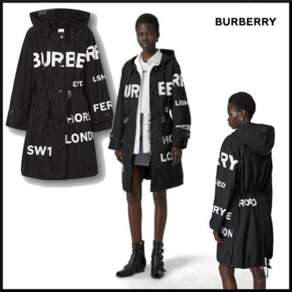 BURBERRY  クール ホースフェリープリントナイロンパーカ