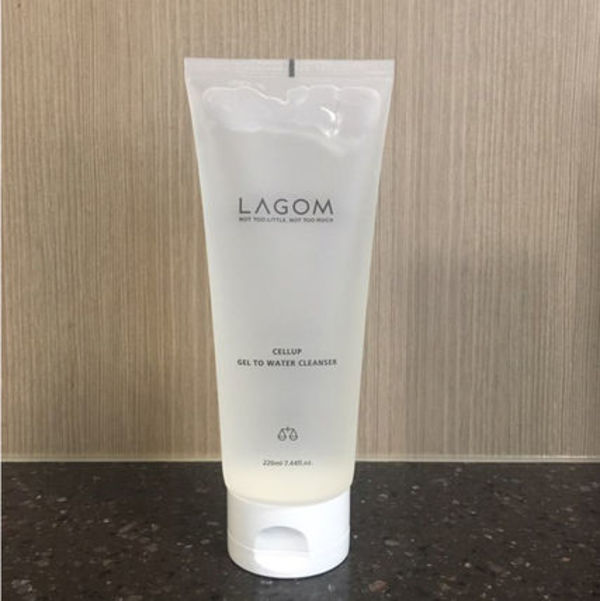 【LAGOM】☆ CELLUP GEL TO WATER CLEANSER 220ml《追跡送》