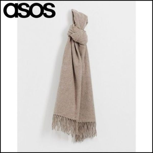 【ASOS】 DESIGN oversized wool scarf with tassels in camel