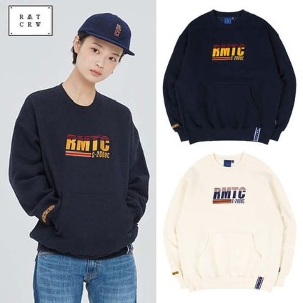 ROMANTIC CROWN★ユニセックス RMTC LOGO POCKET SWEATSHIRT 2色